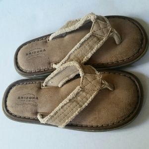 Arizona Size 2 Slip On Brown Distressed Sandals